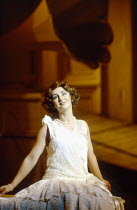 Lesley Garrett (Yum-Yum) in THE MIKADO by Gilbert & Sullivan at English National Opera (ENO), London Coliseum, London WC2 21/02/1990 conductor: Justin Brown set design: Stefanos Lazaridis costumes...