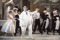 Richard Angas (The Mikado) in THE MIKADO by Gilbert & Sullivan at English National Opera (ENO), London Coliseum, London WC2 21/02/1990 conductor: Justin Brown set design: Stefanos Lazaridis costum...