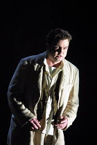 Par Lindskog (Siegmund) in a staged concert performance of THE VALKYRIE by Wagner at English National Opera (ENO), London Coliseum 24/01/2002 conductor: Paul Daniel translation: Jeremy Sams costum...