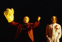 l-r: Ekkehard Wlaschiha (Alberich), John Tomlinson (Wotan) in DAS RHEINGOLD by Wagner at the The Royal Opera, Covent Garden, London WC2 13/10/1994  conductor: Bernard Haitink design: Nigel Lowery...