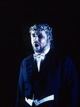 John Tomlinson (Wotan) in DAS RHEINGOLD by Wagner at the The Royal Opera, Covent Garden, London WC2 13/10/1994  conductor: Bernard Haitink design: Nigel Lowery lighting: Pat Collins director: Rich...
