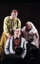 l-r: Siegfried Jerusalem (Siegfried), Alan Held (Gunter), Deborah Polaski (Brunnhilde) in GOTTERDAMMERUNG by Wagner at the The Royal Opera, Covent Garden, London WC2 14/10/1995  conductor: Bernard...