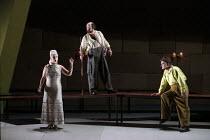 l-r: Vivian Tierney (Gutrune), Kurt Rydl (Hagen), Siegfried Jerusalem (Siegfried) in GOTTERDAMMERUNG by Wagner at the The Royal Opera, Covent Garden, London WC2 14/10/1995  conductor: Bernard Hait...