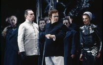 l-r: Donald Maxwell (Gunther), Rene Kollo (Siegfried), Kathryn Harries (Gutrune) in GOTTERDAMMERUNG by Wagner at the The Royal Opera, Covent Garden, London WC2 04/02/1991 conductor: Bernard Haitink de...