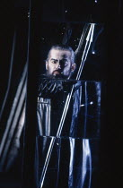 John Tomlinson (Hagen) in GOTTERDAMMERUNG by Wagner at the The Royal Opera, Covent Garden, London WC2 04/02/1991 conductor: Bernard Haitink design: Peter Sykora lighting: John B Read director: Gotz Fr...