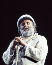 Anthony O'Donnell (Captain Cat) in UNDER MILK WOOD by Dylan Thomas at the Olivier Theatre, National Theatre (NT), London SE1 13/04/1995 music: Dominic Muldowney design: William Dudley lighting: Rick F...