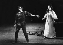 Peter Hofmann (Siegmund), Jeannine Altmeyer (Sieglinde) in DIE WALKURE by Wagner at the The Royal Opera, Covent Garden, London WC2 12/09/1980 conductor: Colin Davis set design: Josef Svoboda costumes:...