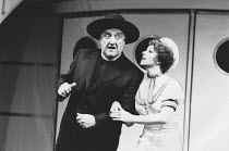 Bernard Cribbins (Moonface Martin), Elaine Paige (Reno Sweeney) in ANYTHING GOES at the Prince Edward Theatre, London W1 04/07/1989 a Lincoln Center Production music & lyrics: Cole Porter original boo...