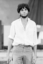 Daniel Day-Lewis rehearsing the role of Romeo in ROMEO AND JULIET by Shakespeare for the Royal Shakespeare Company (RSC) 1983 Regional Tour set design: Bob Crowley costumes: Priscilla Truett lighting:...