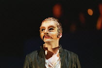 ball scene: David Tennant (Romeo) in ROMEO AND JULIET by Shakespeare at the Royal Shakespeare Company (RSC), Royal Shakespeare Theatre, Stratford-upon-Avon 05/07/2000 music: Stephen Warbeck design: To...