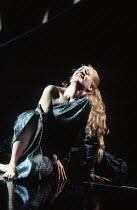Frederica von Stade (Melisande) in PELLEAS ET MELISANDE by Debussy at The Royal Opera, London WC2 24/03/1993 conductor: Claudio Abbado design: Yannis Kokkos lighting: Vanni Vannio original director: A...