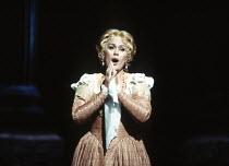 Kiri Te Kanawa (Desdemona) in OTELLO by Verdi at the The Royal Opera, Covent Garden, London WC2 23/10/1992 music: Giuseppe Verdi libretto: Arrigo Boito after Shakespeare's OTHELLO conductor: Georg So...
