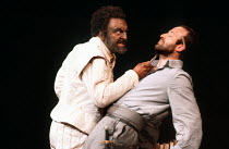 l-r: Donald Sinden (Othello), Bob Peck (Iago) in OTHELLO by Shakespeare at the Royal Shakespeare Company (RSC), Aldwych Theatre, London WC2 04/08/1980 design: Pamela Howard lighting: Brian Harris dire...