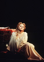 Elena Prokina (Desdemona) in OTELLO by Verdi at the The Royal Opera, Covent Garden, London WC2 13/01/1995 music: Giuseppe Verdi libretto: Arrigo Boito after Shakespeare's OTHELLO conductor: Carlo Rizz...