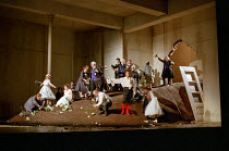 centre: Natale de Carolis (Don Giovanni) in DON GIOVANNI by Mozart at Glyndebourne Festival Opera, East Sussex, England 15/07/2000 music: Wolgang Amadeus Mozart libretto: Lorenzo da Ponte conductor: A...