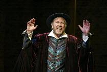 Geoffrey Freshwater (Touchstone - a goldsmith) in EASTWARD HO! by Ben Jonson, John Marston & George Chapman at the Royal Shakespeare Company (RSC), Swan Theatre, Stratford-upon-Avon 25/04/2002 design:...