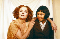l-r: Sheila Gish (Isadora), Angela Pleasence (Belzer) in WHEN SHE DANCED by Martin Sherman at the King's Head Theatre Club, Islington, London N1 1988  set design: Anthony Ward costumes: Tim Heywood l...