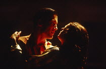 Clive Owen (Otto), Rachel Weisz (Gilda) in DESIGN FOR LIVING by Noel Coward at the Donmar Warehouse, London WC2 06/09/1994 design: Stephen Brimson Lewis lighting: Mark Henderson director: Sean Mathias