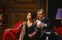 Kiri Te Kanawa (The Countess Madeleine), Thomas Allen (The Count) in CAPRICCIO at The Royal Opera, Covent Garden, London WC2 26/01/1991 music: Richard Strauss libretto: Clemens Krauss & Richard Straus...