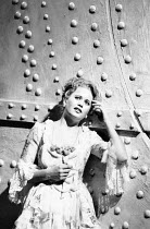 Amanda Roocroft (Fiordiligi) in COSI FAN TUTTE by Mozart at Glyndebourne Festival Opera, East Sussex, England 24/05/1991 music: Wolfgang Amadeus Mozart libretto: Lorenzo Da Ponte conductor: Simon Ratt...
