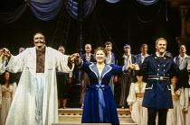 curtain call at the end of the dress rehearsal - l-r: Ruggero Raimondi (Mustafa), Marilyn Horne (Isabella), Bruce Ford (Lindoro) in L'ITALIANA IN ALGERI by Rossini at The Royal Opera, Covent Garden, L...