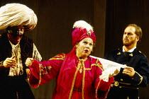 l-r: Ruggero Raimondi (Mustafa), Marilyn Horne (Isabella), Bruce Ford (Lindoro) in L'ITALIANA IN ALGERI by Rossini at The Royal Opera, Covent Garden, London WC2 18/09/1993 music: Gioachino Rossini lib...