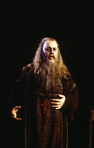Gwynne Howell (Dosifey) in KHOVANSHCHINA performed by English National Opera (ENO) at the London Coliseum, London WC2 24/11/1994 music & libretto: Modest Mussorgsky orchestration: Dmitri Shostakovitch...