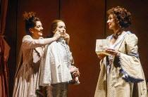l-r: Marie McLaughlin (Susanna), Christiane Oertel (Cherubino), Felicity Lott (Countess Almaviva) in LE NOZZE DI FIGARO at The Royal Opera, Covent Garden, London WC2 18/12/1991 music: Wolfgang Amadeus...