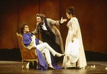 l-r: Jeffrey Black (Count Almaviva), Bryn Terfel (Figaro), Sylvia McNair (Susanna) in LE NOZZE DI FIGARO at The Royal Opera, Covent Garden, London WC2 25/04/1994 music: Wolfgang Amadeus Mozart librett...