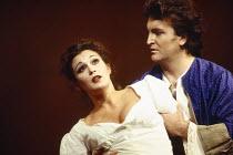 Sylvia McNair (Susanna), Jeffrey Black (Count Almaviva) in LE NOZZE DI FIGARO at The Royal Opera, Covent Garden, London WC2 25/04/1994 music: Wolfgang Amadeus Mozart libretto: Lorenzo Da Ponte conduct...
