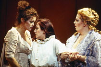 l-r: Sylvia McNair (Susanna), Monica Bacelli (Cherubino), Christine Brewer (Countess Almaviva) in LE NOZZE DI FIGARO at The Royal Opera, Covent Garden, London WC2 25/04/1994 music: Wolfgang Amadeus Mo...