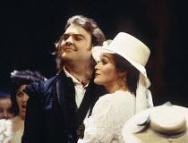 Bryn Terfel (Figaro), Sylvia McNair (Susanna) in LE NOZZE DI FIGARO at The Royal Opera, Covent Garden, London WC2 25/04/1994 music: Wolfgang Amadeus Mozart libretto: Lorenzo Da Ponte conductor: Harmut...