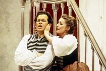 Gerald Finley (Figaro), Alison Hagley (Susanna) in LE NOZZE DI FIGARO at Glyndebourne Festival Opera, East Sussex, England 28/05/1994 music: Wolfgang Amadeus Mozart libretto: Lorenzo Da Ponte conducto...