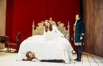 l-r: Alison Hagley (Susanna), Renee Fleming (Countess Almaviva), Andreas Schmidt (Count Almaviva) in LE NOZZE DI FIGARO at Glyndebourne Festival Opera, East Sussex, England 28/05/1994 music: Wolfgang...