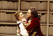 Alison Hagley (Susanna), Andreas Schmidt (Count Almaviva) in LE NOZZE DI FIGARO at Glyndebourne Festival Opera, East Sussex, England 28/05/1994 music: Wolfgang Amadeus Mozart libretto: Lorenzo Da Pont...