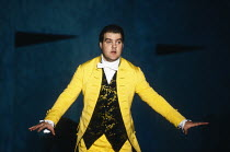 Act 4: Bryn Terfel (Figaro) in FIGARO'S WEDDING at English National Opera (ENO), London Coliseum, London WC2 30/10/1991 music: Wolfgang Amadeus Mozart libretto: Lorenzo Da Ponte conductor: Paul Danie...