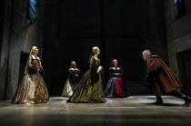 l-r: Jo Herbert (Jane, Lady Rochford), Aurora Dawson-Hunte (Elizabeth Seymour), Rosanna Adams (Anna), Olivia Marcus (Katherine Howard), Ben Miles (Thomas Cromwell) in THE MIRROR AND THE LIGHT at the G...