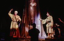 left: Peter Eyre (Toulon) right: Antony Sher (Marcel Flote) in RED NOSES by Peter Barnes at the Royal Shakespeare Company (RSC), Barbican Theatre, Barbican Centre, London EC2 02/07/1985 design: Farrah...