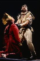 l-r: Lloyd Hutchinson (Mycetes), Antony Sher (Tamburlaine) in TAMBURLAINE THE GREAT by Christopher Marlowe at the Royal Shakespeare Company (RSC), Swan Theatre, Stratford-upon-Avon, England 01/09/1992...